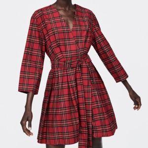 ✨Host pick ✨NWT Zara Check dress with bow